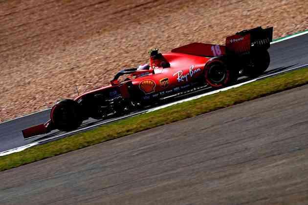Charles Leclerc novamente foi a melhor Ferrari do dia e ficou em sétimo