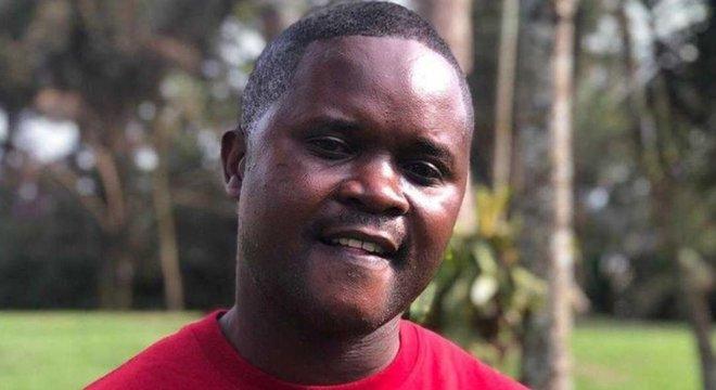 Charles Lwanga-Kikwaya está determinado a lutar contra o ebola até que esteja erradicado