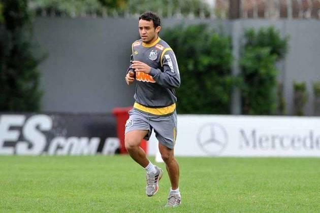CHARLES: O meio-campista está sem clube desde que deixou o Antalyaspor, da Turquia.