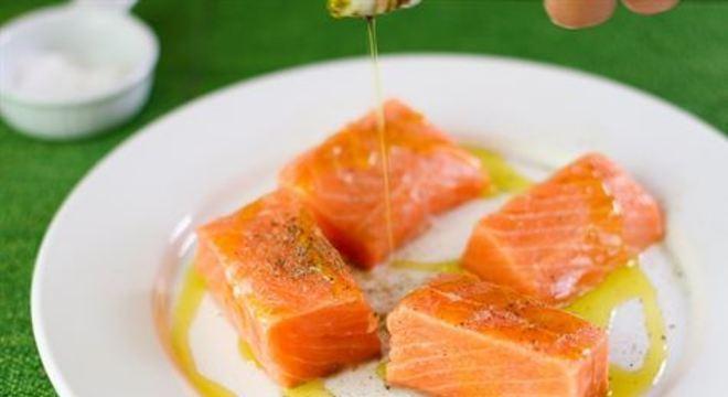 Chef ensina receita com peixe de baixo teor calórico