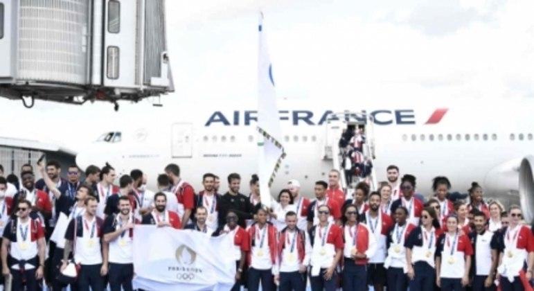 Chegada da Bandeira Olímpica em Paris