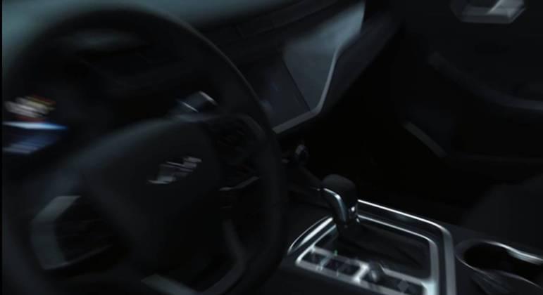 Video mostra rapidamente o interior do carro
