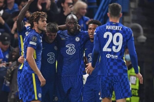 3º Chelsea (Inglaterra): 946 milhões de euros (R$5,995 bilhões)