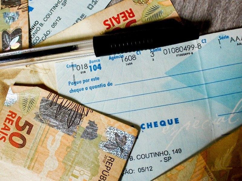 Prazo para compensação de cheques deverá ser de um dia útil