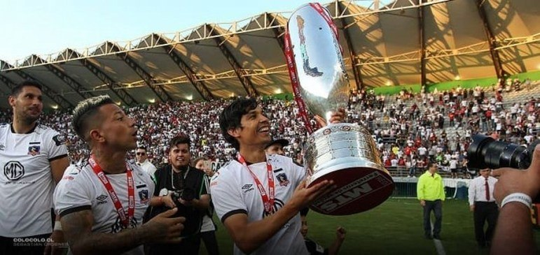 Chile - Colo-Colo - 32 títulos