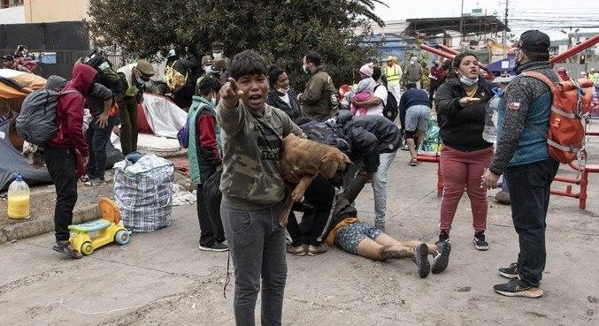Venezuelanos estavam acampados há mais de um ano em praça de Iquique