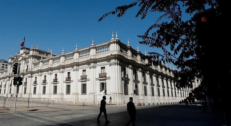 Governo chileno estuda se deve adiar as eleições de abril
