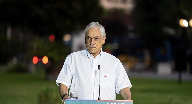 Segunda onda do coronavírus fez Piñera dividir a eleição em dois dias