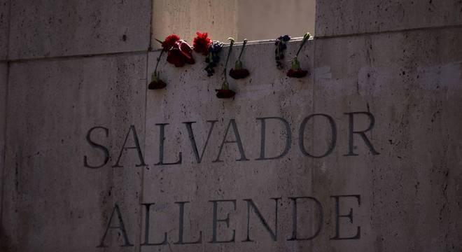 Chile homenageou presidente morto e vítimas da ditadura militar