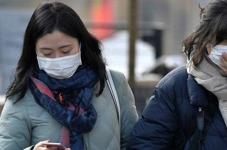 Vírus leva pânico a moradores de Wuhan, na China