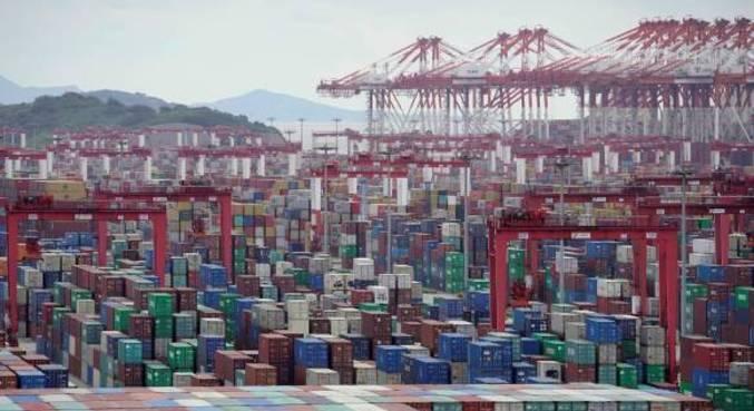 Alta de exportações e importações chega a 21,8% em relação ao período pré-epidemia de 2019