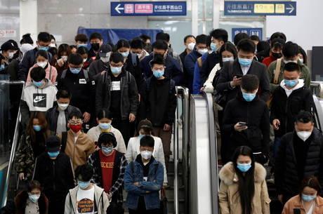 Pandemia de coronavírus pode durar até ano que vem