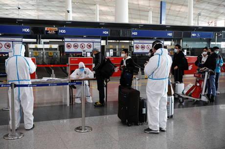 Turistas precisam ficar de quarentena em Pequim