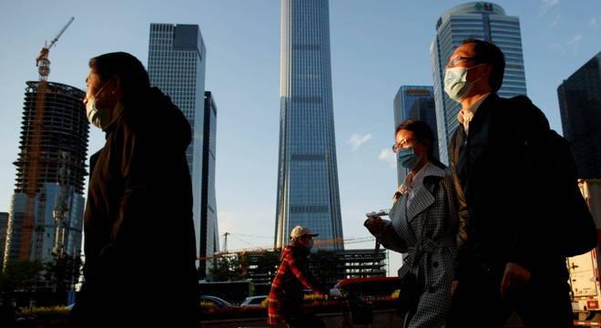 Nas ruas de Pequim, os rastros da crise econômica são perceptíveis