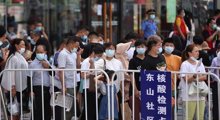 População em província chinesa será testada em massa para conter vírus