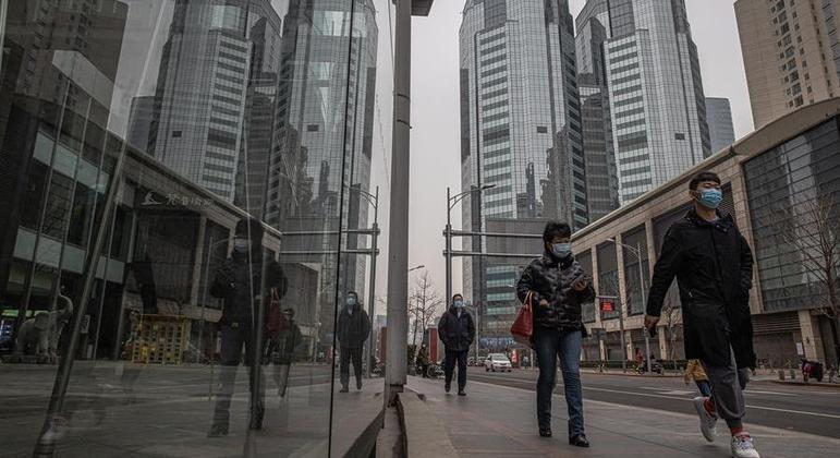 China não tem transmissão local da covid-19 desde 15 de fevereiro, diz comissão