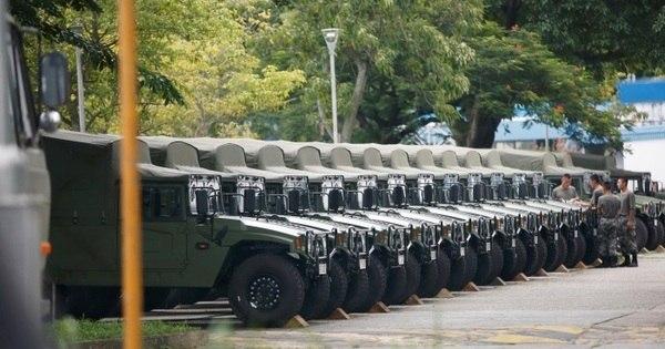 Novas tropas enviadas a Hong Kong 'defenderão prosperidade', diz China