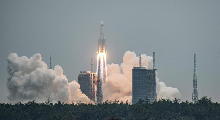 Foguete Longa Marcha 5B foi lançado pela China no último dia 29 de abril