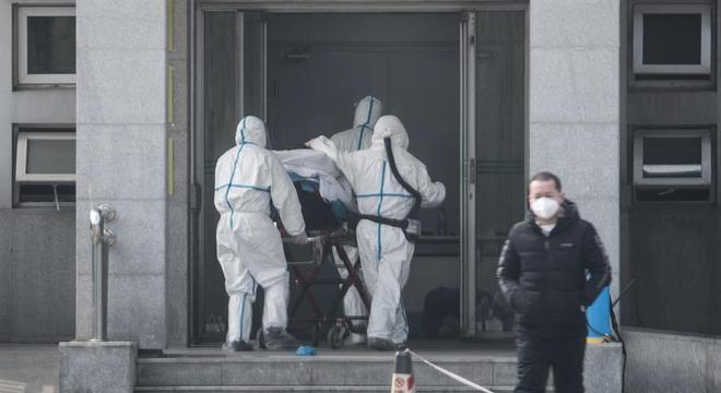 China vai construir hospital em seis dias para tratar pacientes infectados com coronavírus
