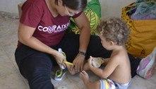 ONG arrecada cerca de 100 pares de chinelos para sem-teto