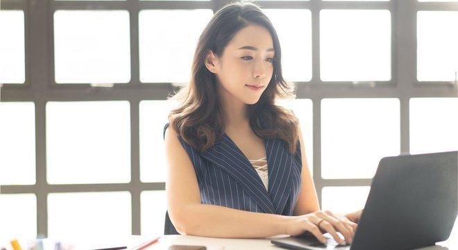 Uma pesquisa de 2017 mostrou que menos de 25% dos usuários de internet chineses usam e-mail em suas comunicações diárias de trabalho