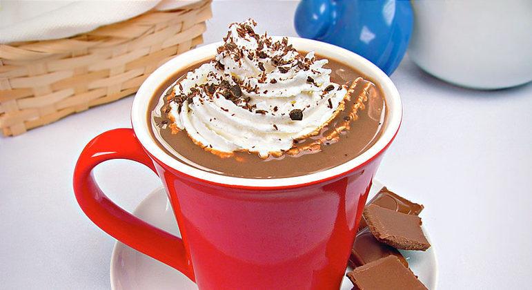 Chocolate quente com chantilly