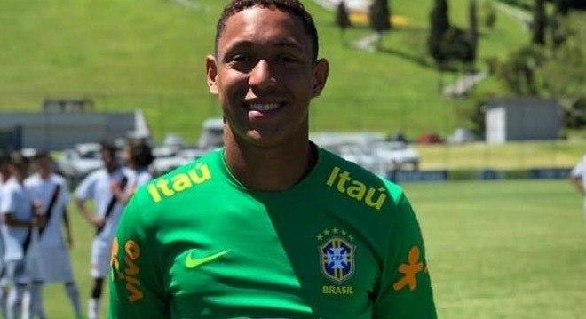 Christian Esmério. Goleiro do Flamengo e da Seleção Brasileira sub-15