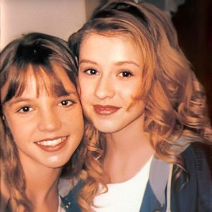 Britney Spears ao lado de Christina Aguilera