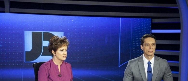 Christina Lemos e Sérgio Aguiar, âncoras do JR