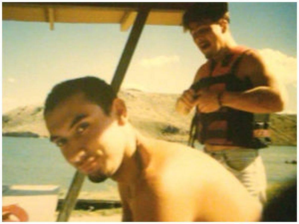 Christopher Tapp estava no rio com amigos quando soube do assassinato de Angie Dodge