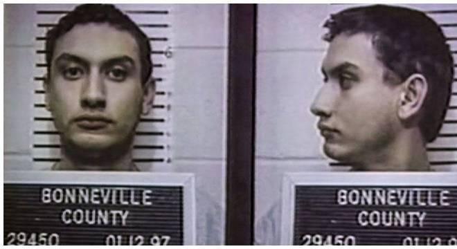 Ao longo de três semanas, Tapp foi interrogado nove vezes e submetido a sete testes de detecção de mentiras