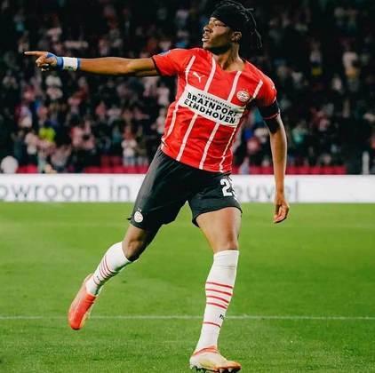 Chuckwunonso Madueke: PSV - 19 anos - atacante