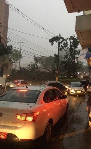 Trânsito ficou confuso em várias partes