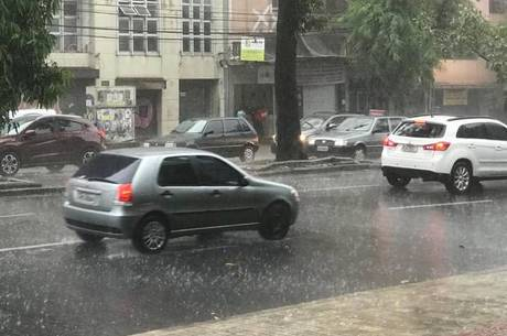BH já registra chuvas isoladas nesta sexta (30)