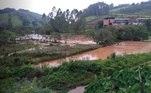 Imagem mostra terreno invadido pela água