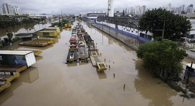 Foto mostra São Paulo após chuvas que atingiram a cidade em março de 2019
