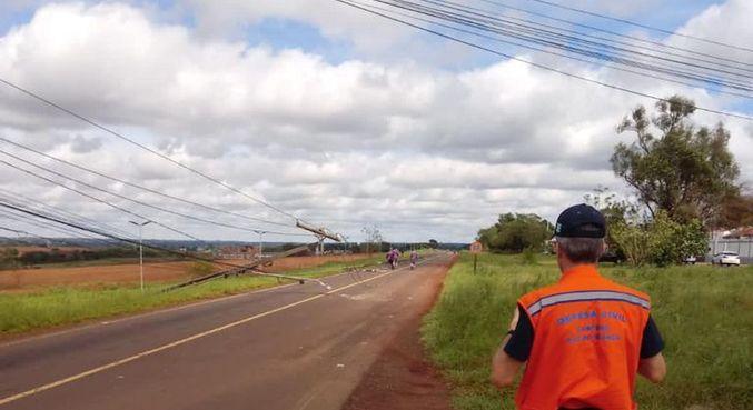 Chuvas no Paraná: cerca de 250 mil pontos ficam sem energia