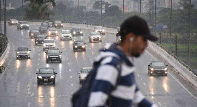 Forte chuva que caiu sobre SP alterou a agenda de alguns candidatos