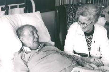 Cicely Sanders é a percursora dos cuidados paliativos