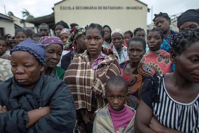 Não há números oficiais sobre os desalojados, mas muitas pessoas já se acumulam em abrigos temporários