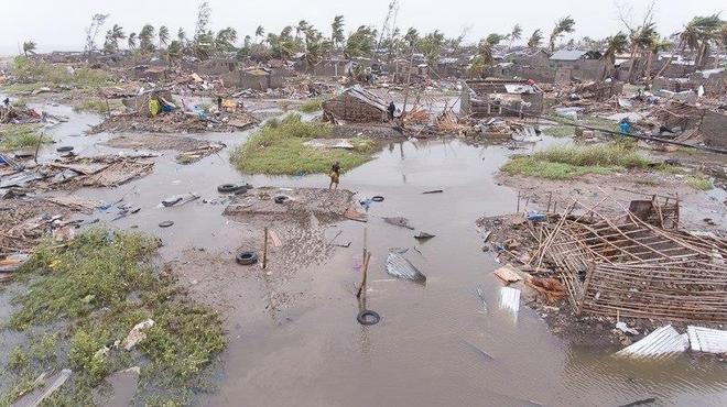 As equipes de resgate têm enfrentado dificuldades para avaliar a devastação causada pelo Idai, que chegou do Oceano Índico no final da semana passada, atingindo Moçambique e, depois, os vizinhos Zimbábue e Malaui
