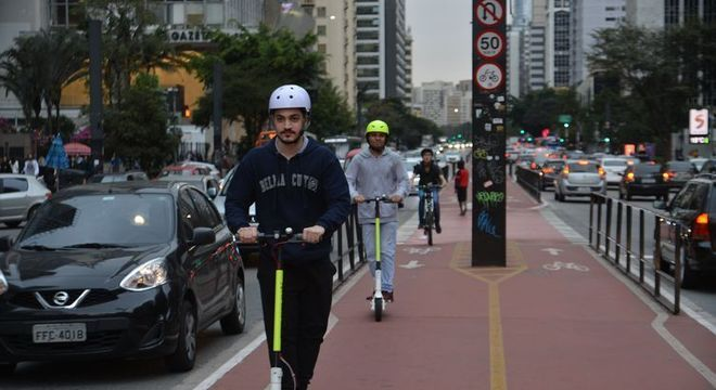 Ciclovia da Avenida Paulista facilita a mobilidade urbana na cidade de São Paulo