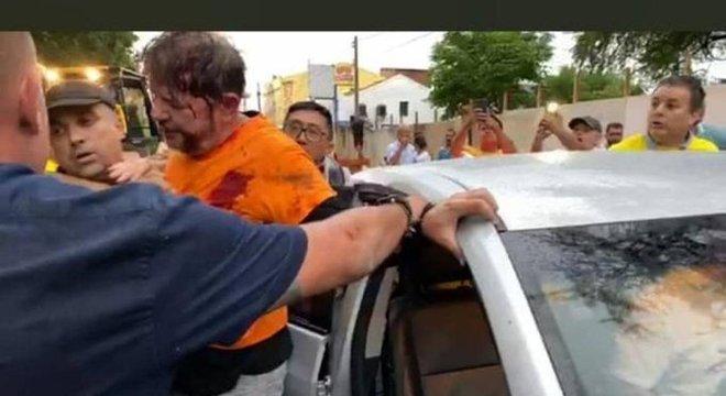 Cid Gomes levou tiro ao tentar entrar em batalhão da PM de Sobral (CE)