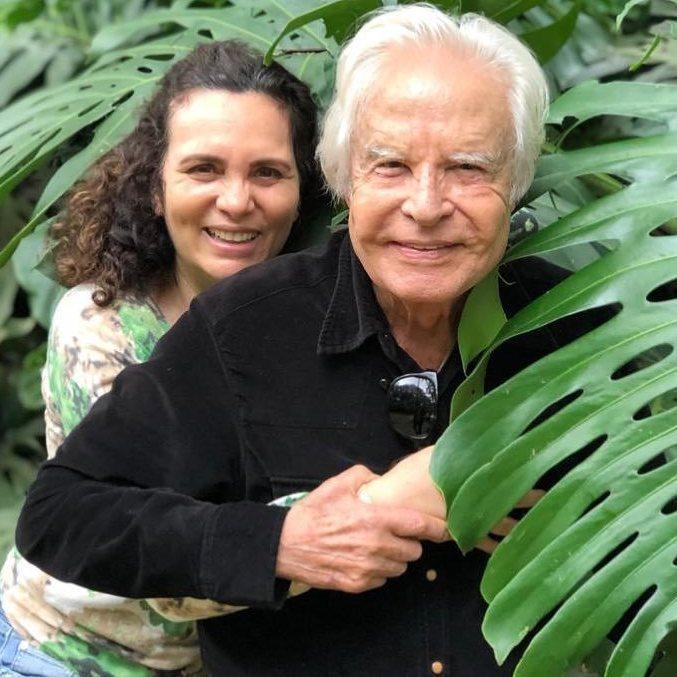 Cid Moreira e Fátima Sampaio estão casados há pouco mais de 20 anos