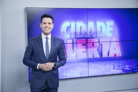 Luiz Bacci comanda o Cidade Alerta