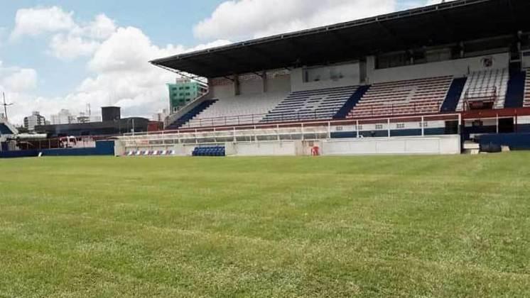 Cidade: Brusque (SC) - Clube: Brusque - O governo de Santa Catarina autorizou a volta do público aos estádios em 15 de setembro.