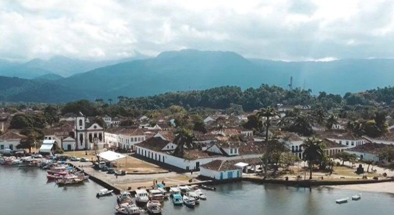 Cidade: Paraty - Estado: Rio de Janeiro - Destaques: centro histórico e vista agradável