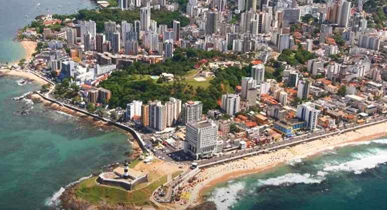 Cidade: Salvador - Estado: Bahia - Destaques: patrimônio histórico e diversidade tanto cultural e gastronômica