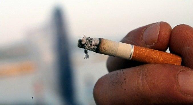 Quem fuma tem 50% mais chance de sentir pelo menos 10 sintomas da covid-19