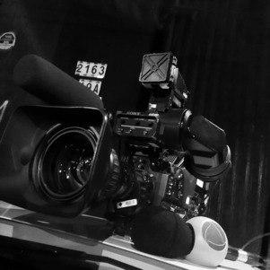 Existem histórias por trás das câmeras